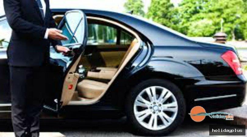 ВИП трансфера - предимства и поводи за наемане на луксозна кола